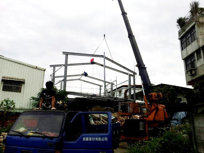 鐵皮屋設計作品-5H型鋼施工