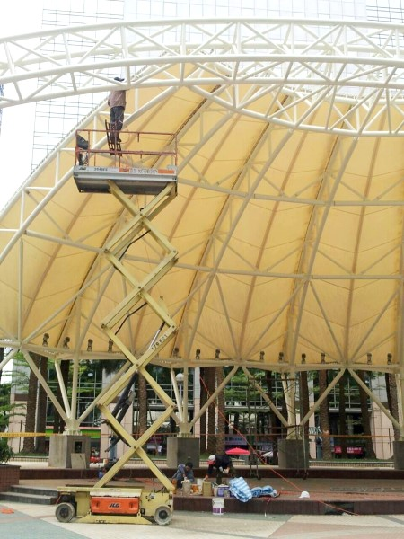 鐵皮屋設計造景作品-骨架補漆
