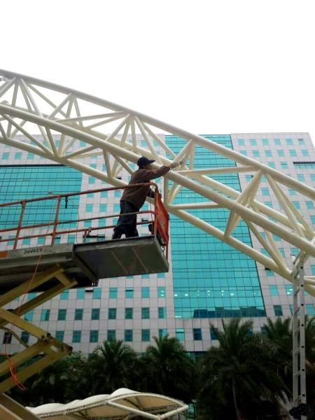 鐵皮屋設計造景作品-升降車補漆