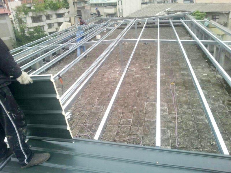 鐵皮屋工程作品-覆蓋鐵板一百坪一天完工