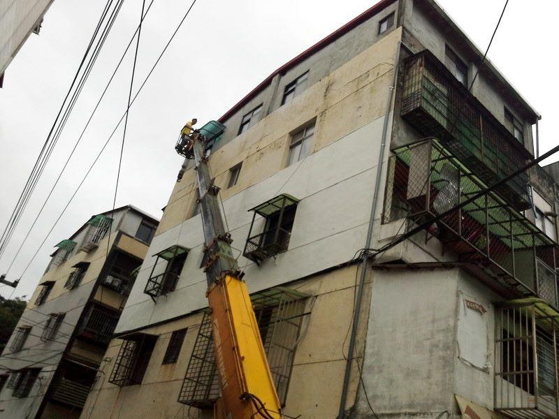 窗戶遮陽遮雨棚工程施工-1