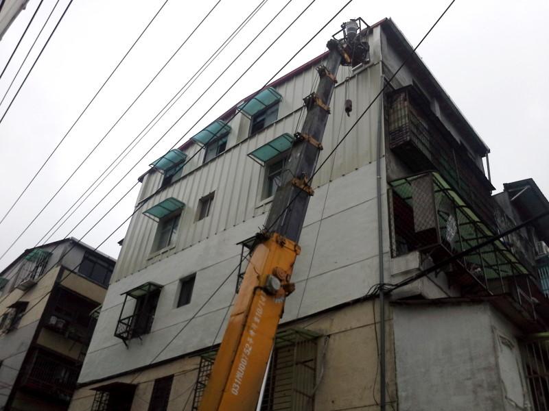 窗戶遮陽遮雨棚工程施工-3